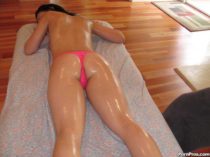 Ally Styles Oiled Up